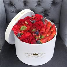 Deluxe Red Strawberry box
