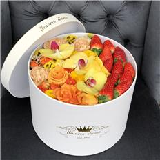 Deluxe Yellow Strawberry box