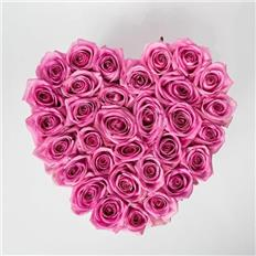 Medium Heart shape pink roses